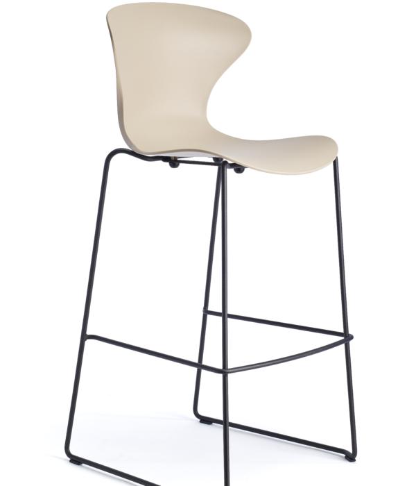 Heir sledge stool black_sand (2)